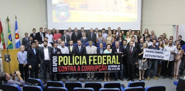 Congresso termina com ato de apoio à autonomia da Polícia Federal